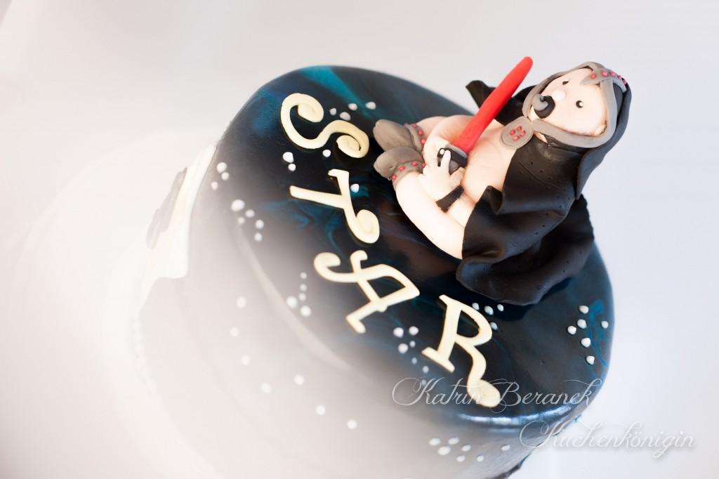 Star Wars Cake Storm Trooper Tutorial