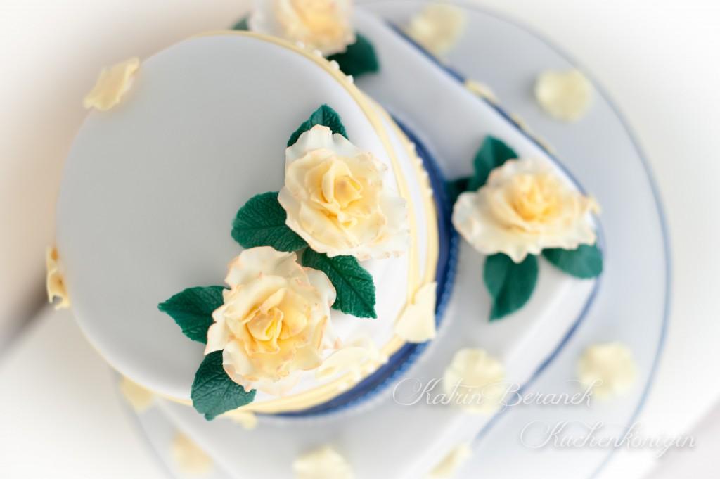 Gelbe Rosen Hochzeitstorte Kuchenkonigin