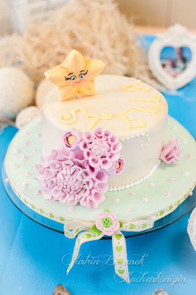 Stellas Stern Kuchen Dahlien Kuchenkönigin Fondant Kinder Taufe Geburtstag