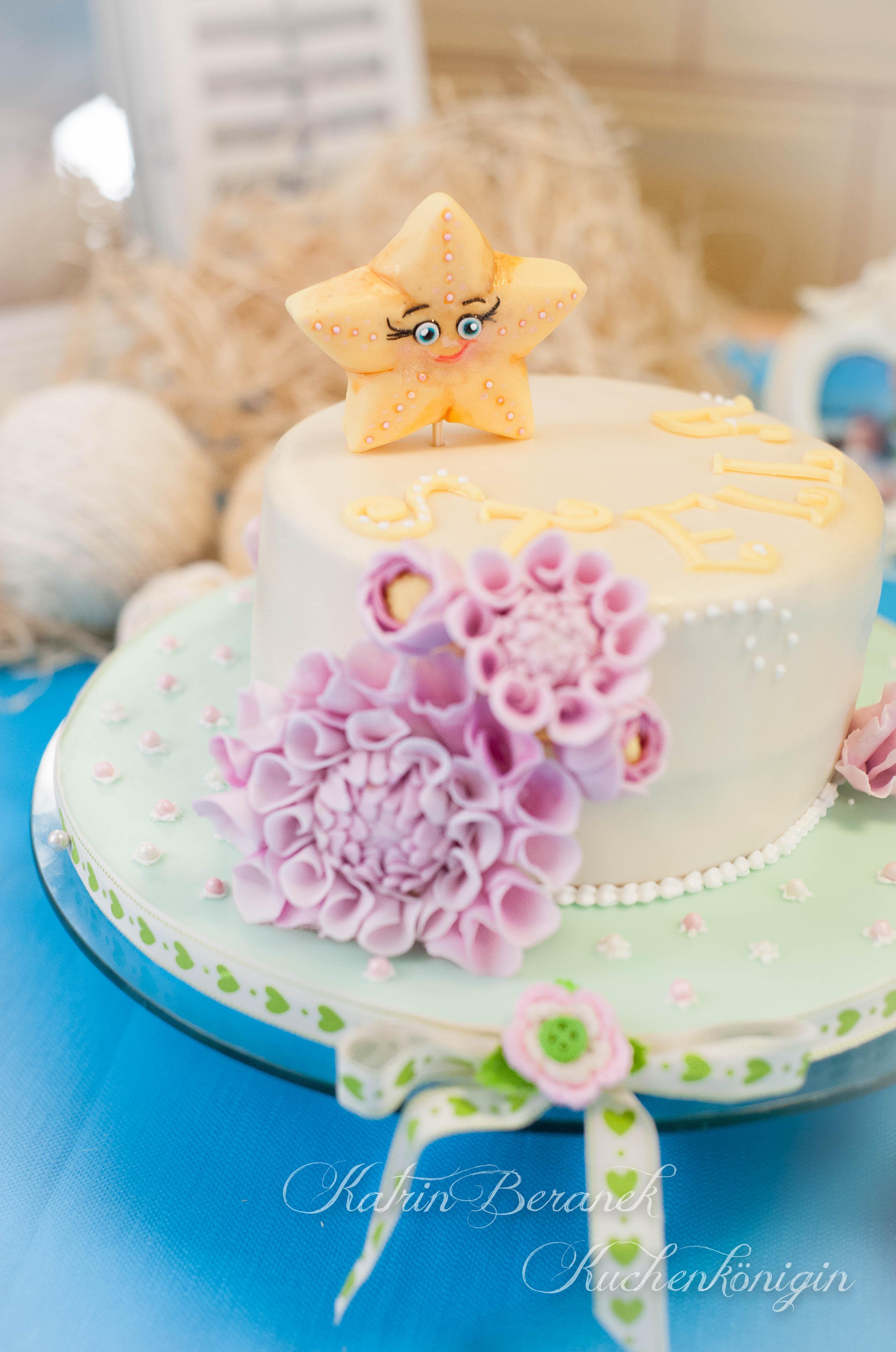 Dahlien Kuchenkönigin Zuckerblüten Tutorial Fondant Blütenpaste Baby Taufe Stern Kuchen