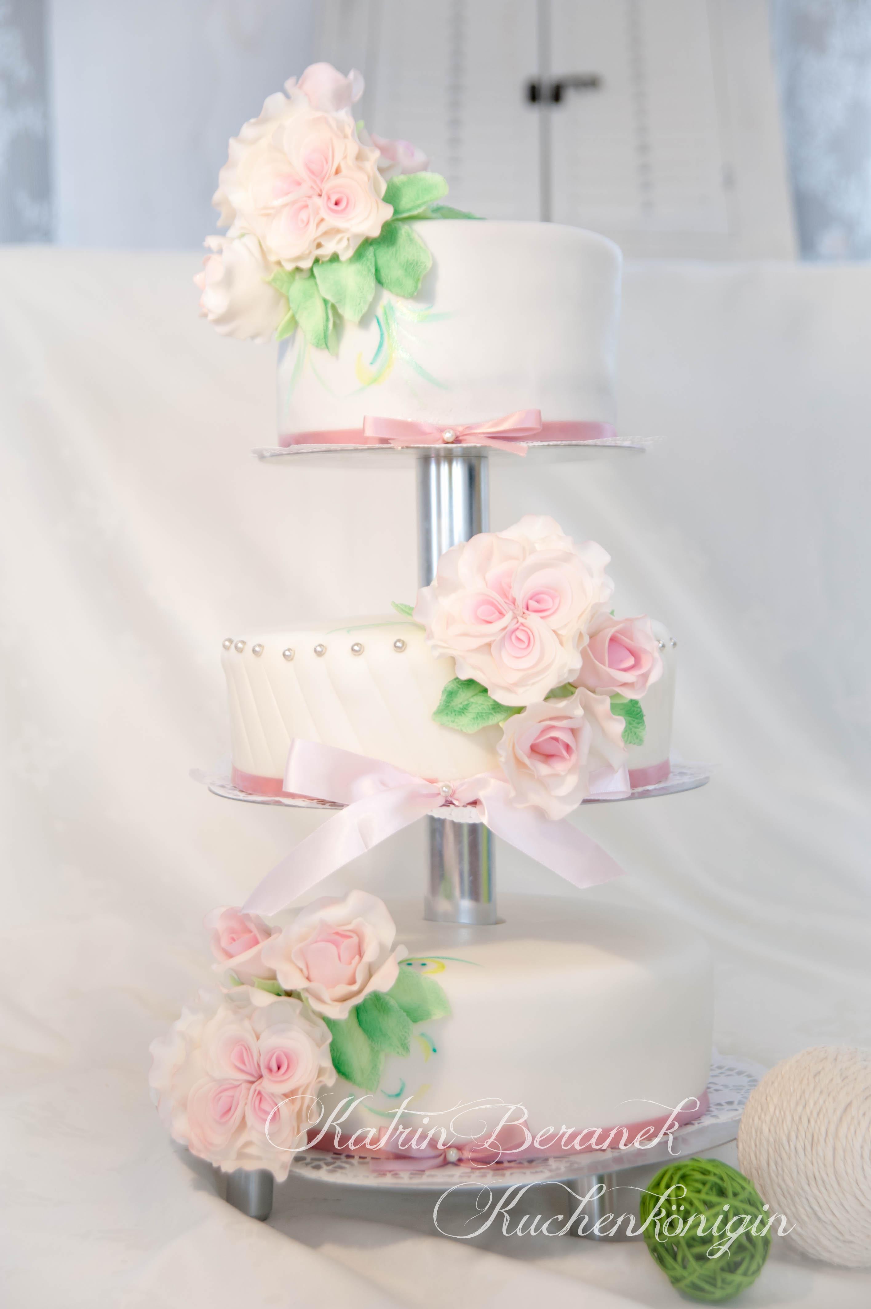 Kuchenkönigin Englische Rosen Hochzeitstorte Vintage Blüten