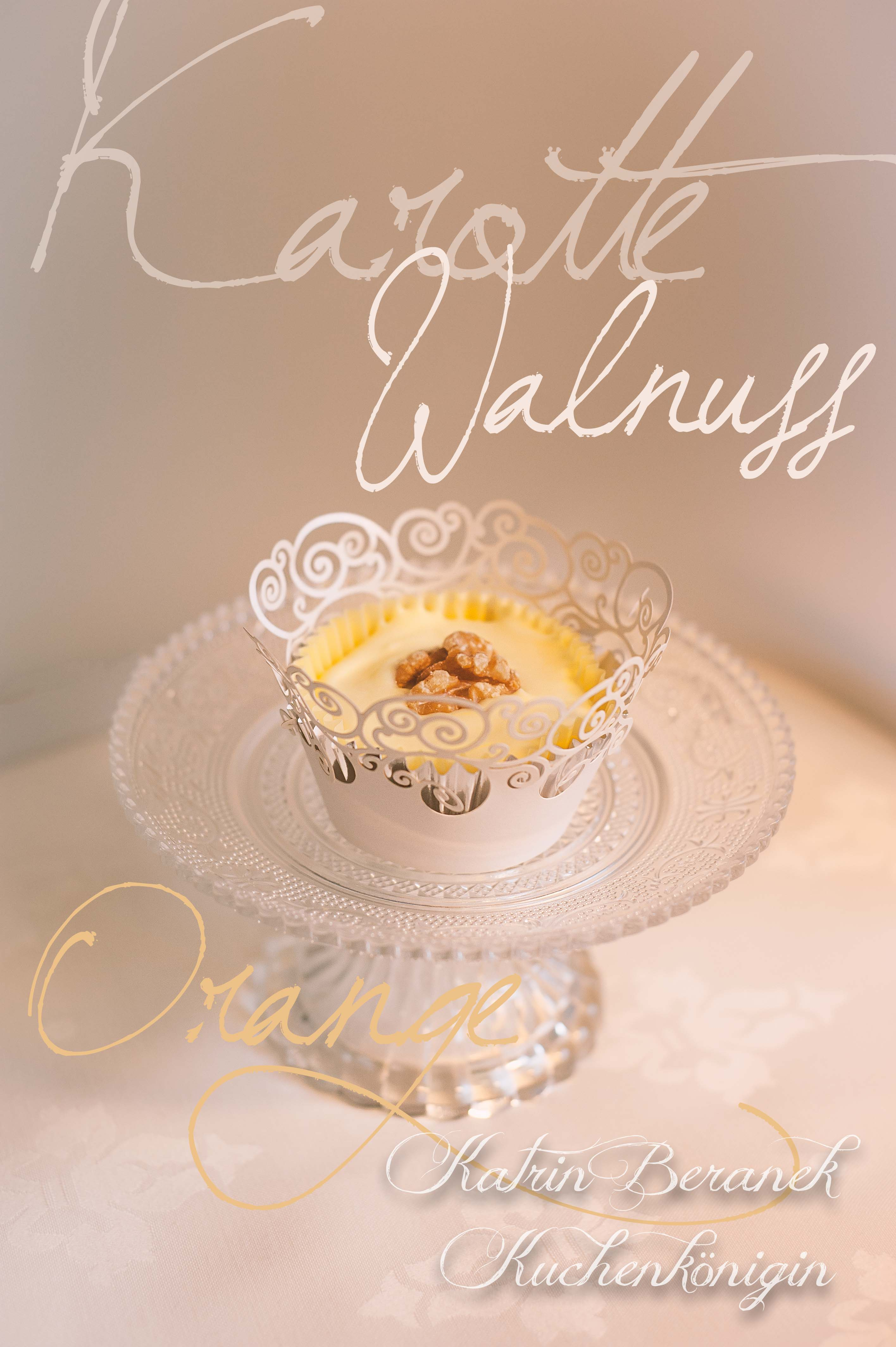 Karotten-Walnuss Cupcake mit Frischkäse-Orangen-Füllung