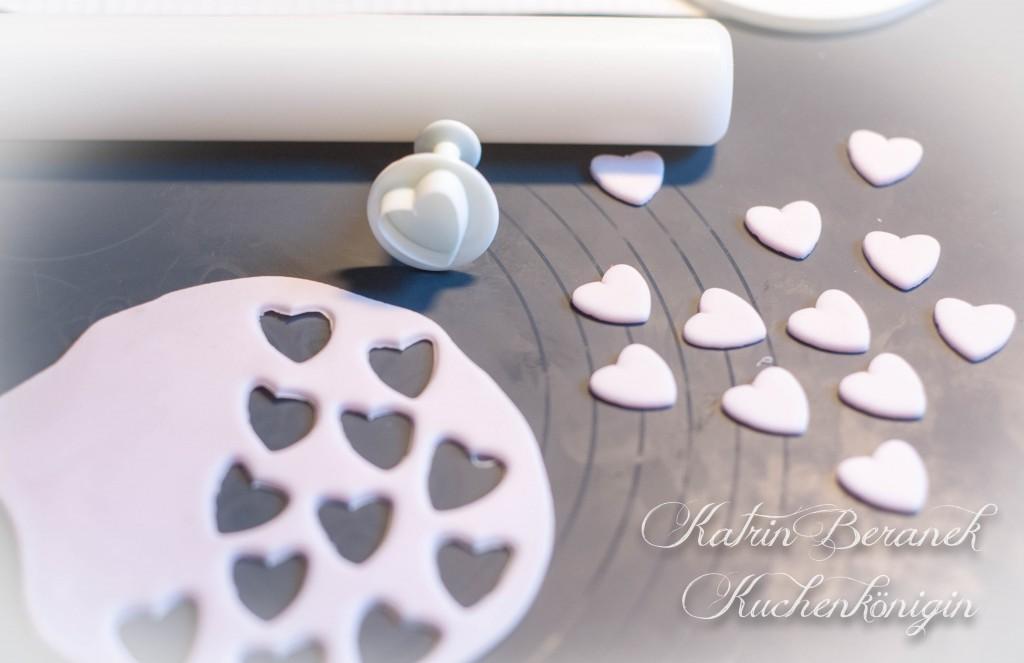 Kuchenkönigin Teddy Bär Cupcakes Topper Vanille Cupcakes mit Schokotröpfchen Rezept Tutorial Schritt für Schritt
