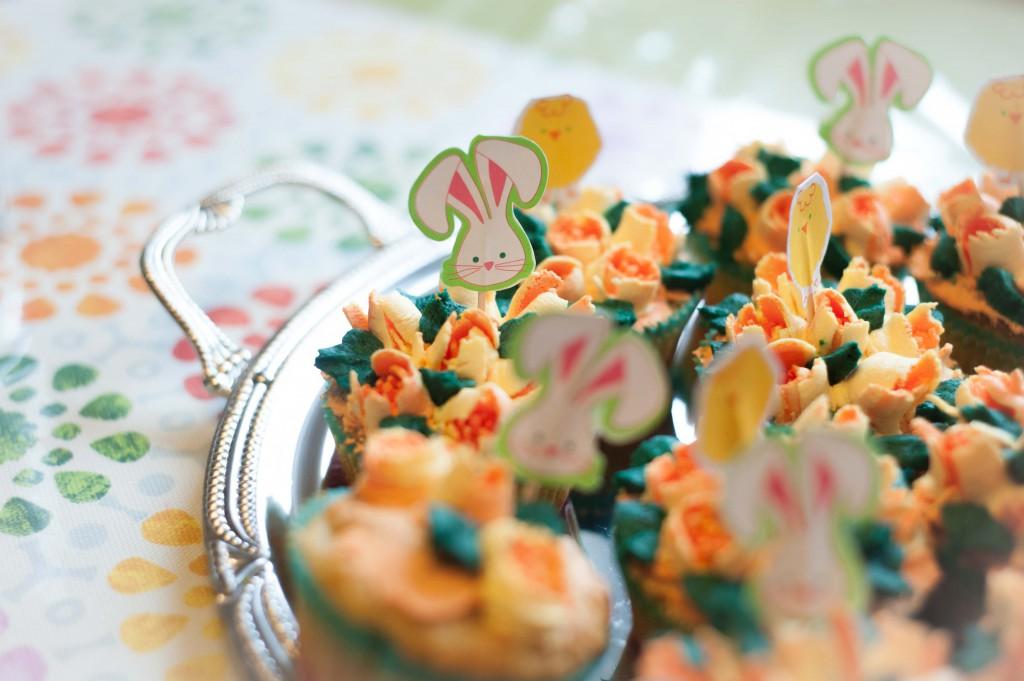 Kuchenkönigin Eier Hasen Bunnys Eggs Ostern Easter Feiertage Holy Kekse Hefezopf Cookies Plätzchen Backen Tulpen Muffins Cupcakes Rezepte Tutorials