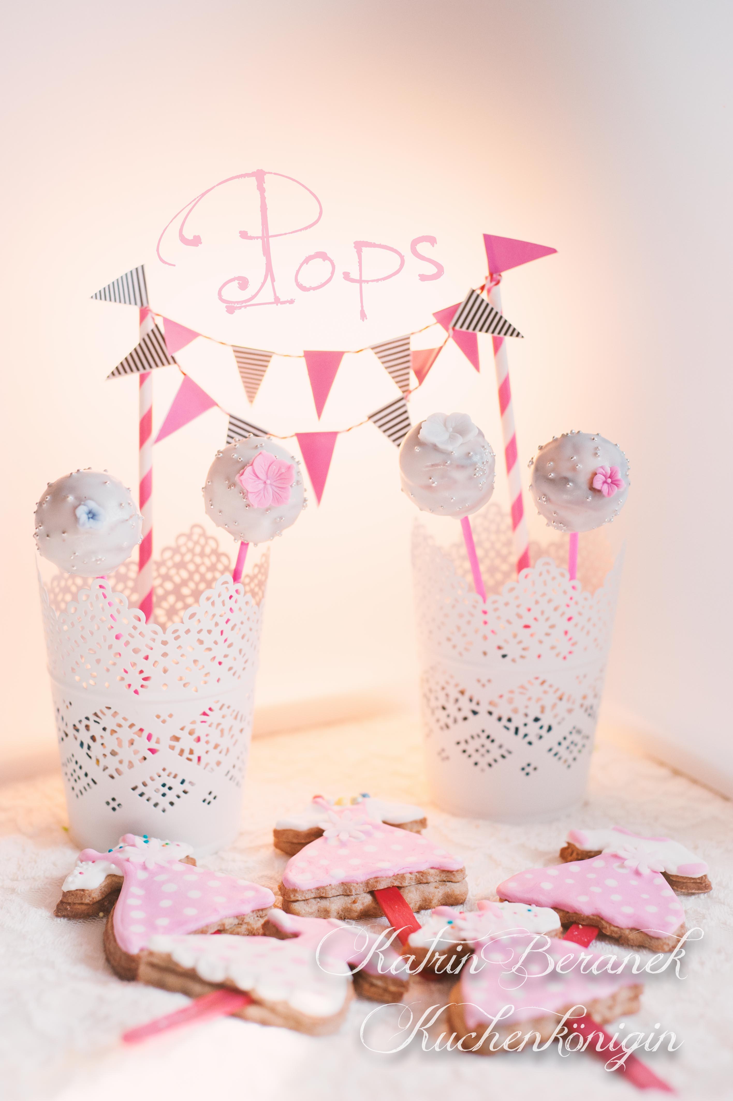 Kuchenkönigin Tutorial Rezept Cake Pops Vanille Rührteig Kinder Party Dekoration