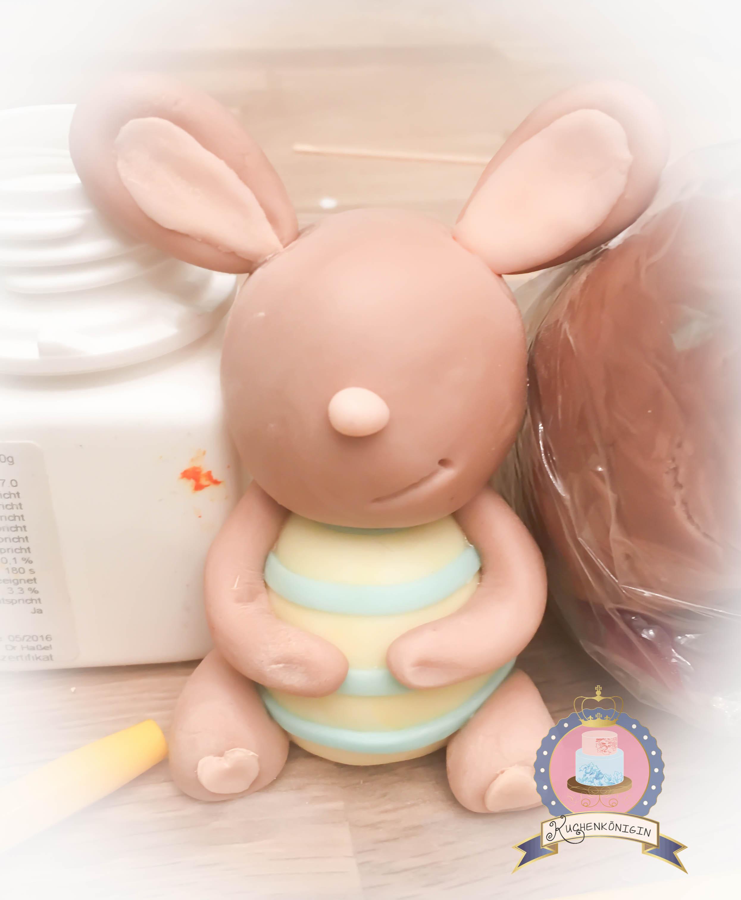 Kuchenkönigin Osterhase Fondant Cake Topper Ostertorte Easter Bunny Tutorial Anleitung Schritt für Schritt